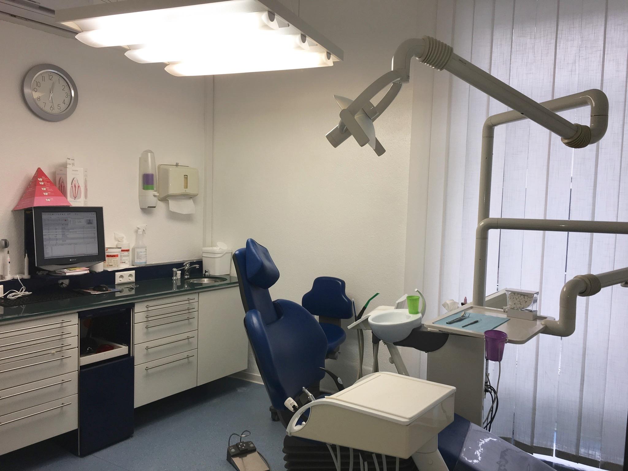 Behandlungszimmer 1 - praxis eisenberg